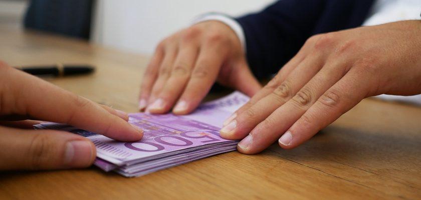 verleihe-geld-gegen-schuldschein-internet