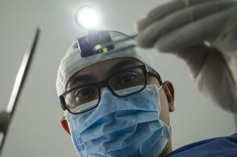 Zahnbehandlungen absichern mit Zahnzusatzversicherung